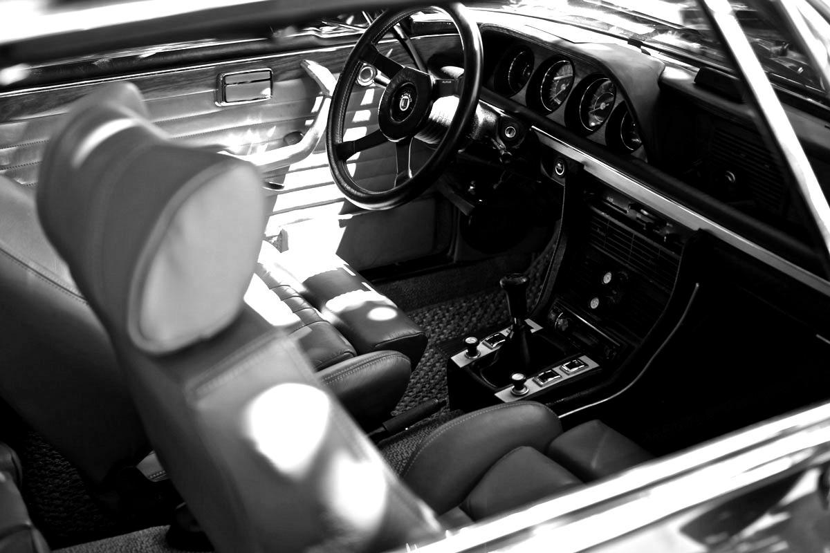 gallery-car-4-blackwhite