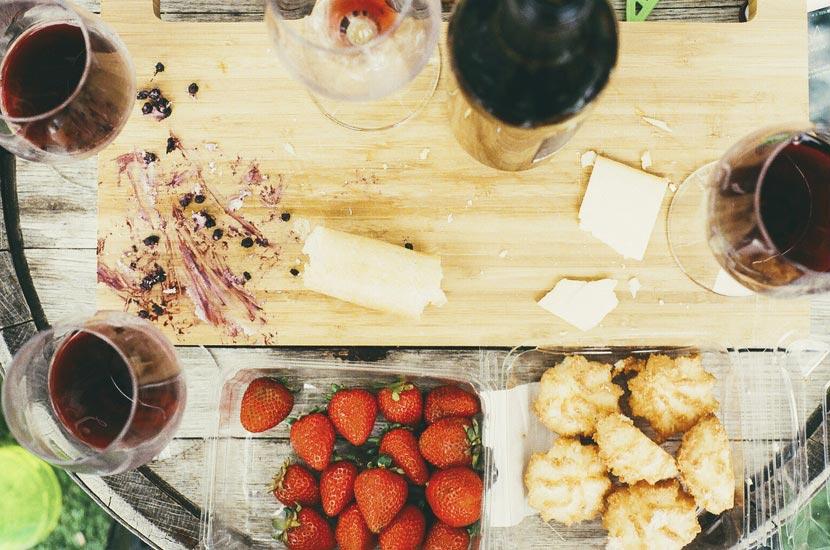 food-drink-kitchen-cutting-board-large