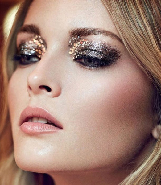 extra_large_gold-glitter-makeup