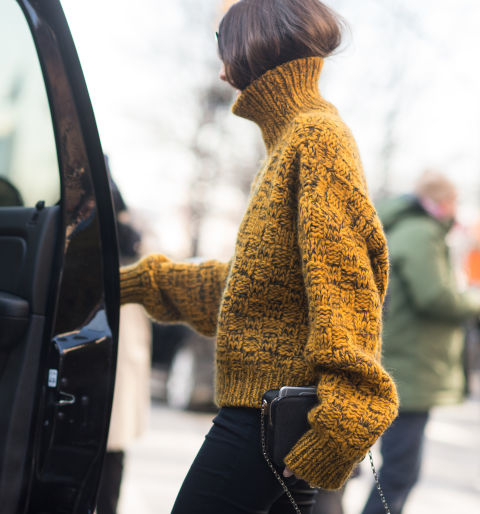 styling-tricks-for-every-woman-hair-tuck