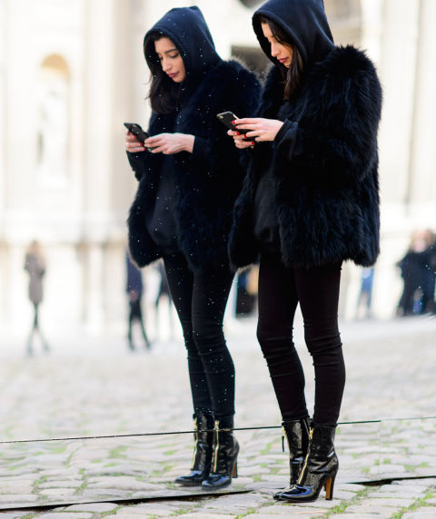 styling-tricks-for-every-woman-head-to-toe-black