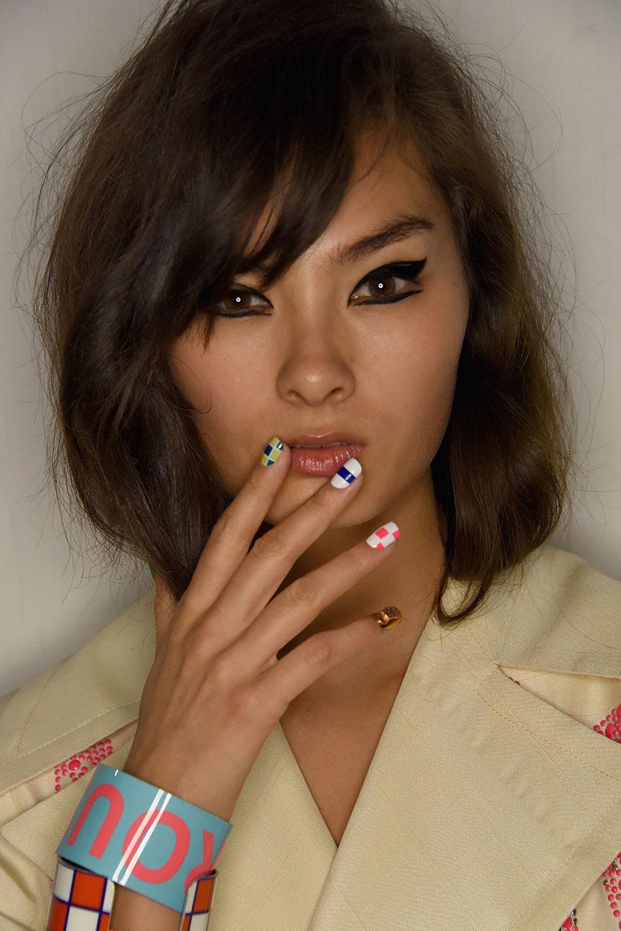 multi-color-fall-nails