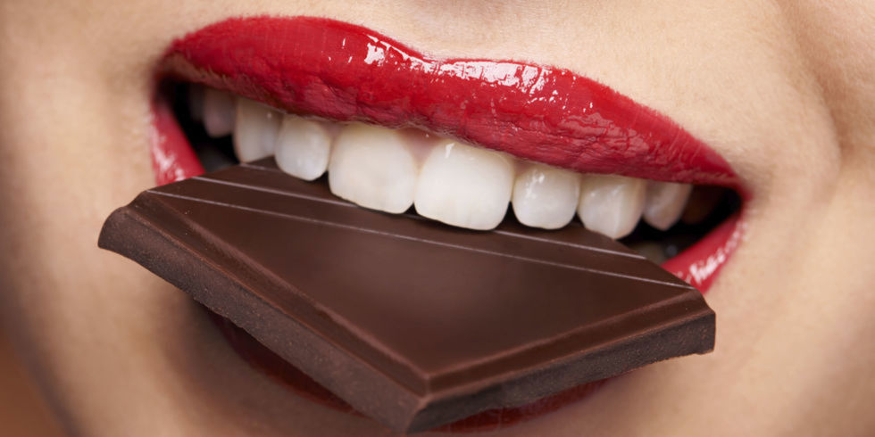 landscape-1458573795-chocolate-mouth