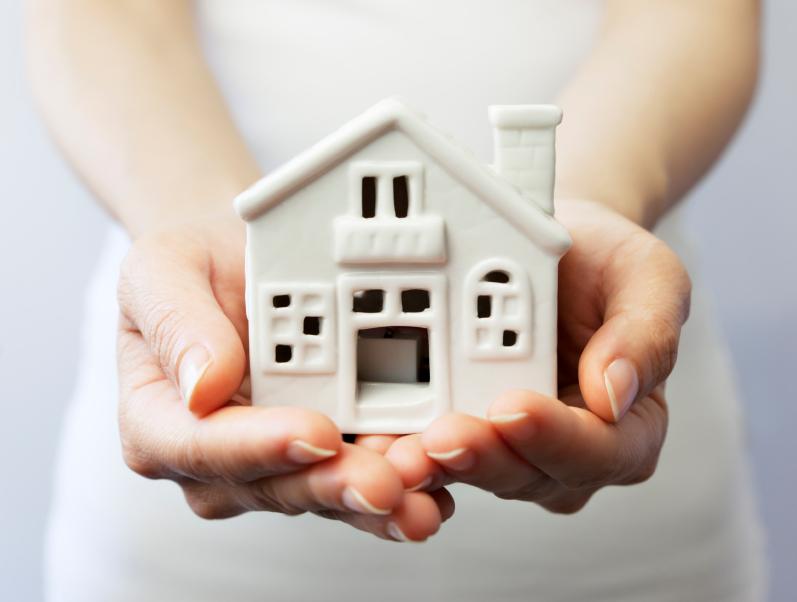 woman.mortgage.house_