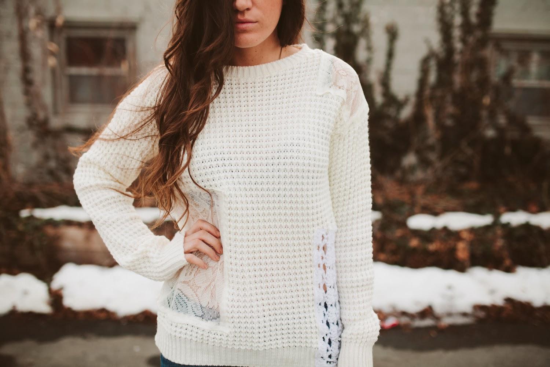 crochet-lace-knit-sweater-diy-tutorial-via-bmodish