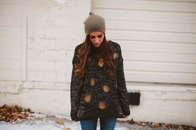 diy-knit-sweater-polka-dots-via-bmodish