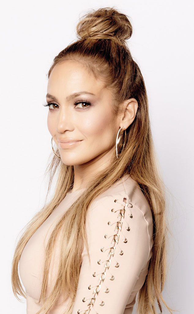 rs_634x1024-150507093303-634.jennifer-lopez-bun-hair-050715