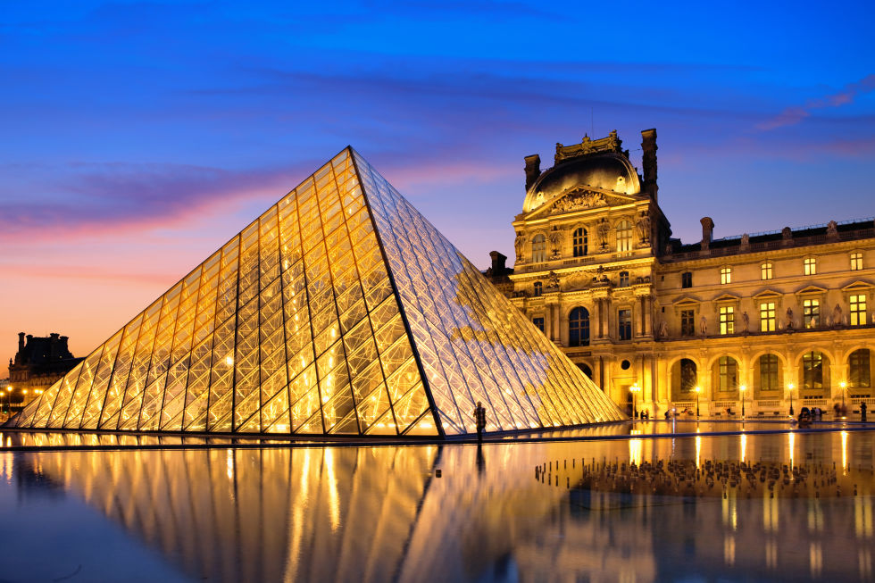 13-louvre-gettyimages-184475587
