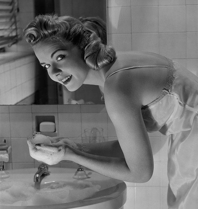 54a7d72f401cb_-_face-washing-h
