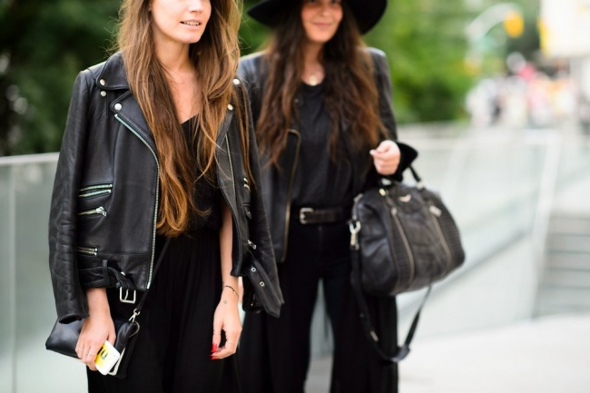 6776510-studded-hearts-nyfw-spring-summer-2015-shows-streetstyle-black-leather-jacket-1474283756-650-a794adbf19-1474460415