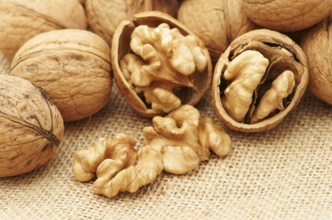 7177460-walnuts_canvas-1476457308-650-907dbb38d7-1476689886
