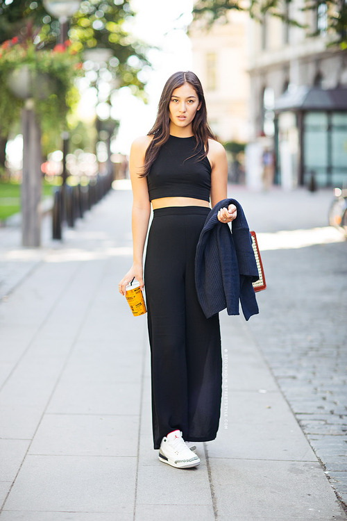 crop-tops-with-maxi-skirts-7